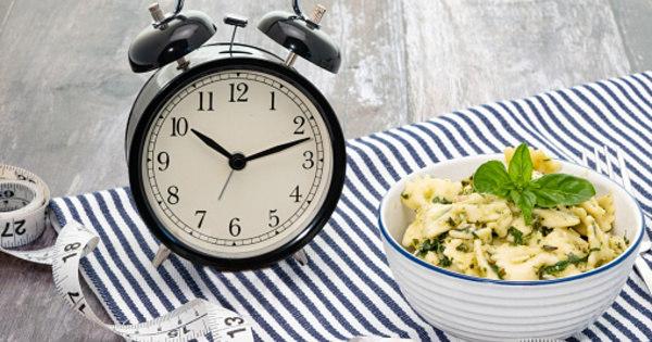 Jejum-intermitente-pode-causar-mais-perda-muscular-do-que-de-peso-Lifestyle