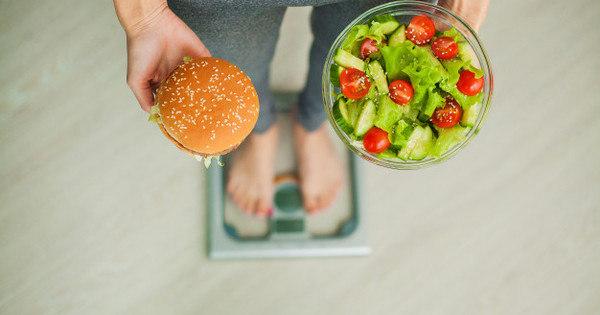 Sete-motivos-que-levam-à-procrastinação-da-dieta-Fotos